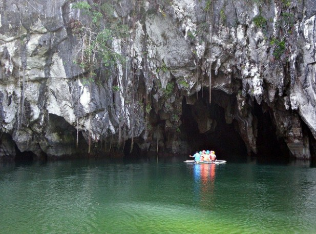 Foto do Underground River.