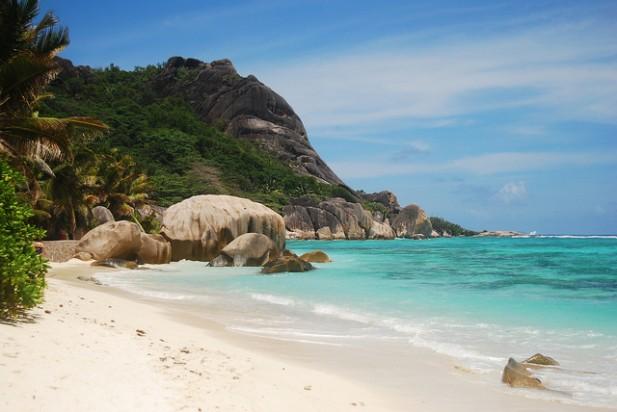 Foto de praia nas Seychelles.