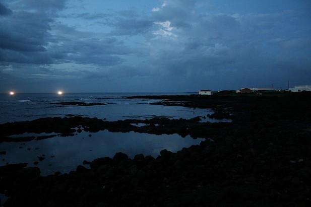 Foto panorâmica de Jeju Island na Coreia do Sul à noite.