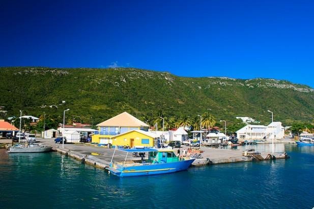 Foto do porto de La Désirade.