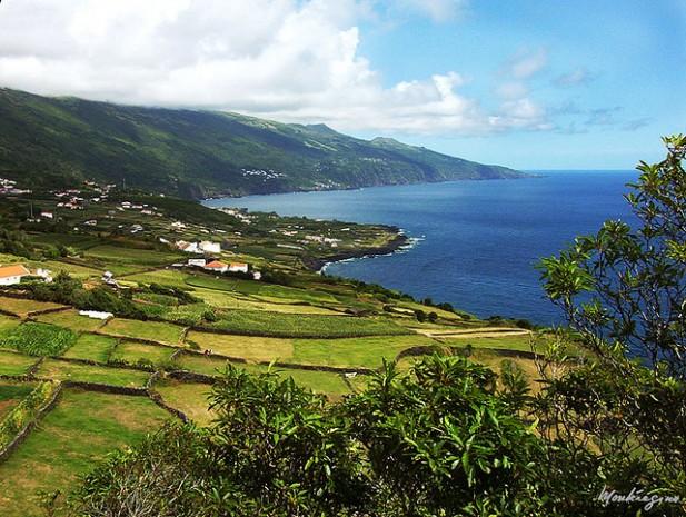 Foto da Ponta do Arrife, Ilha do Pico, Açores.