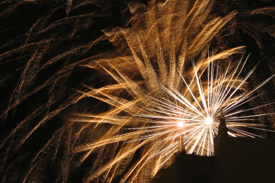 Fogo de artifício em Monte Gordo, Algarve - Portugal