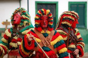 Caretos no Carnaval de Podence, em Macedo de Cavaleiros