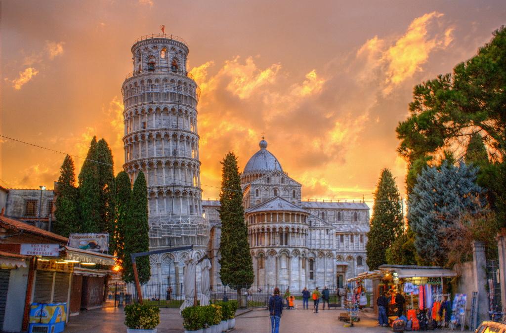 A historica Torre de Pisa, em Itália