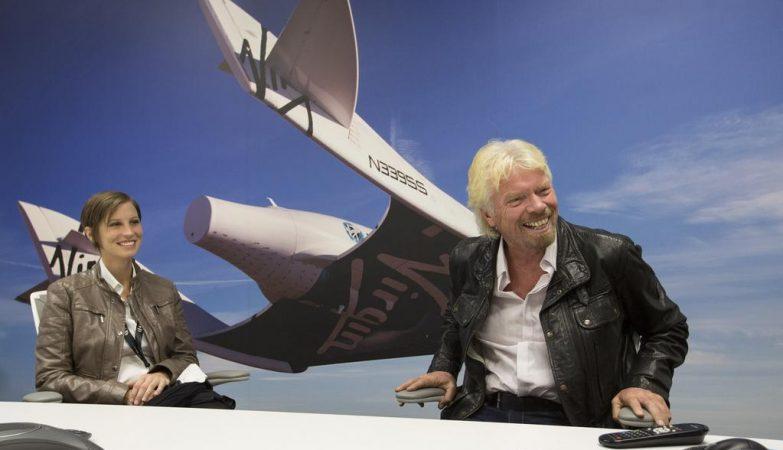 Richard Branson, o fundador da Virgin (dir)