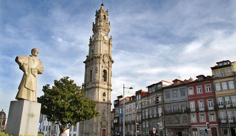 Igreja e Torre dos Clerigos, Porto.