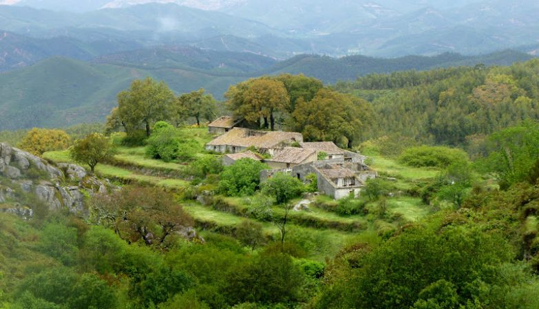 Aldeia do Barbelote, à venda por 790 mil euros
