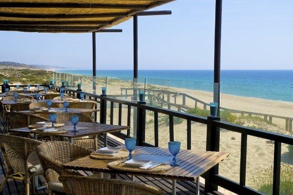 restaurante_praia_do_peixe_1_10935560134de3ef62e4381