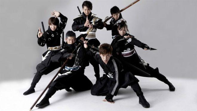Esta é uma das fotos promocionais do Departamento de Turismo de Aichi para tentar atrair candidatos a ninja de todo o mundo